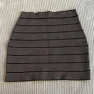 BCBGMaxAzria Skirts - Like New BCBG Alisa Bodycon Miniskirt